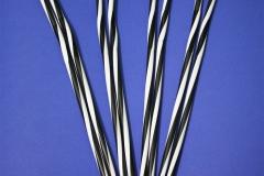 Гофра винтовая черно-белая 8 мм, длина 25 см